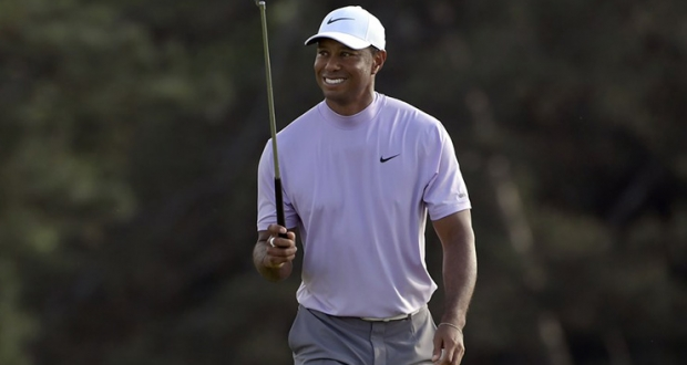 masters 2019  tiger woods emerges from a frenetic saturday with history within reach