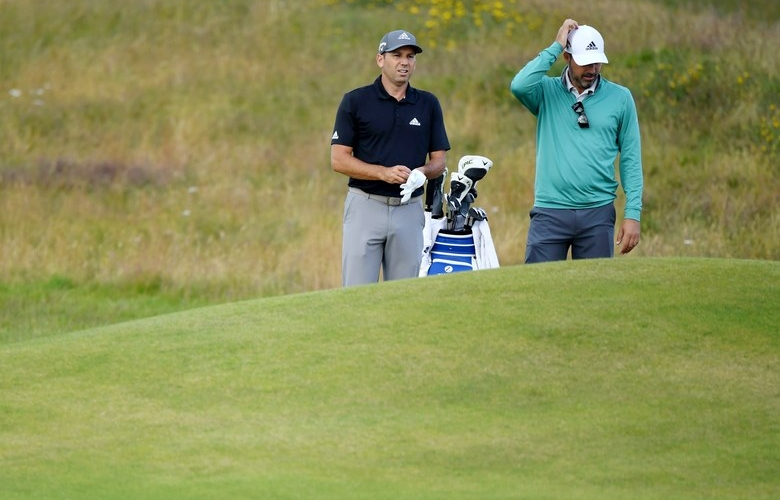Video surfaces of Sergio Garcia tossing club at his caddie during
