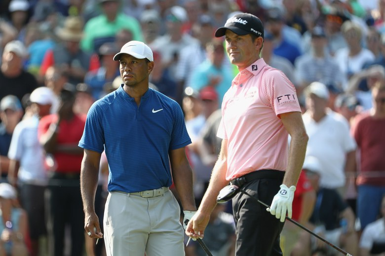 tiger woods has a savage response to webb simpson  who